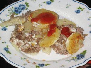 Картошка, запечённая с фаршем