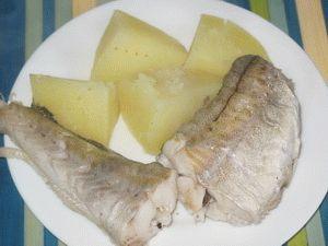 Как правильно варить рыбу минтай