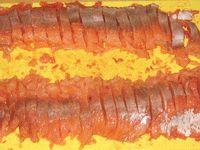 филе красной рыбы нарезаное кусочками