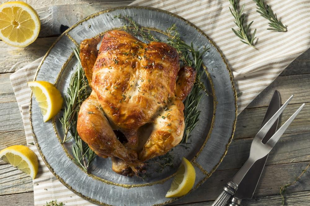 курица целиком запеченная в духовке