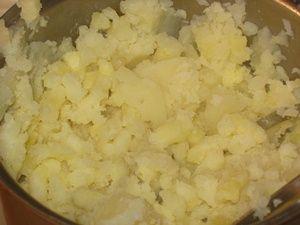 растолочь варёную картошку
