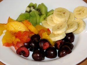 ингредиенты для фруктово-ягодного салата