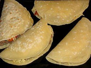 Блины на кефире рецепт тонкие с дырочками рецепт с фото пошагово