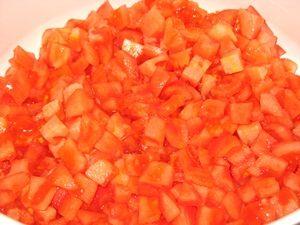 резанные помидоры для лечо