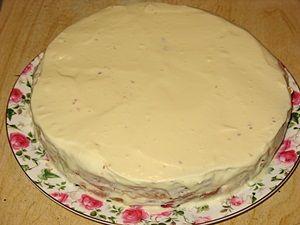 бисквит смазан кремом из маскарпоне