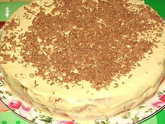 Бисквитный торт с кремом из