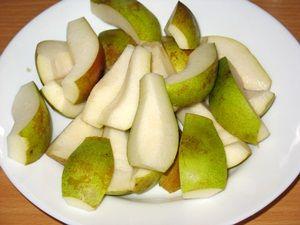 кусочки груш для компота