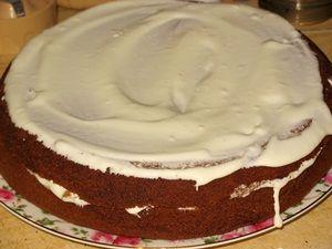формирование медового торта с черосливом