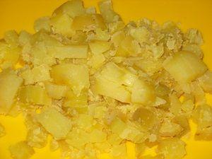 кусочки картошки для салат с шампиньонами