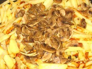 жареные шампиньоны на картошке