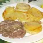Жаркое из фарша с картошкой