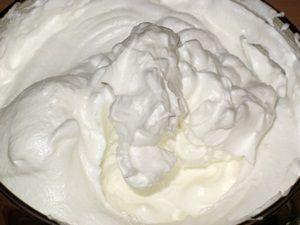 заварные яичные белки с сахаром