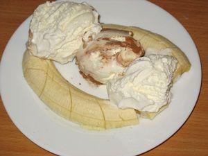 Мороженое с бананом