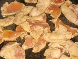 жарить куриные грудки