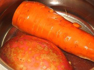 варка овощей для салата с копчёной горбушей