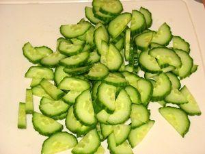 огурец для салата с пекинской капустой