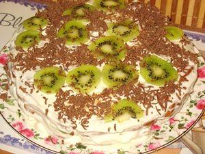украшенный торт дамские пальчики