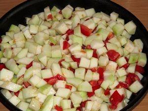 кабачок в сковороде для запекания