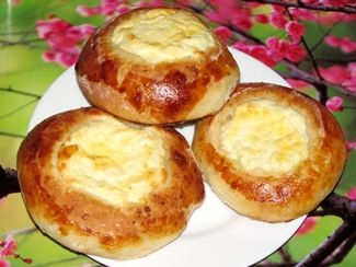 Жаренные пирожки с яйцом и луком фото