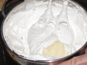добавление масленого крема в белки