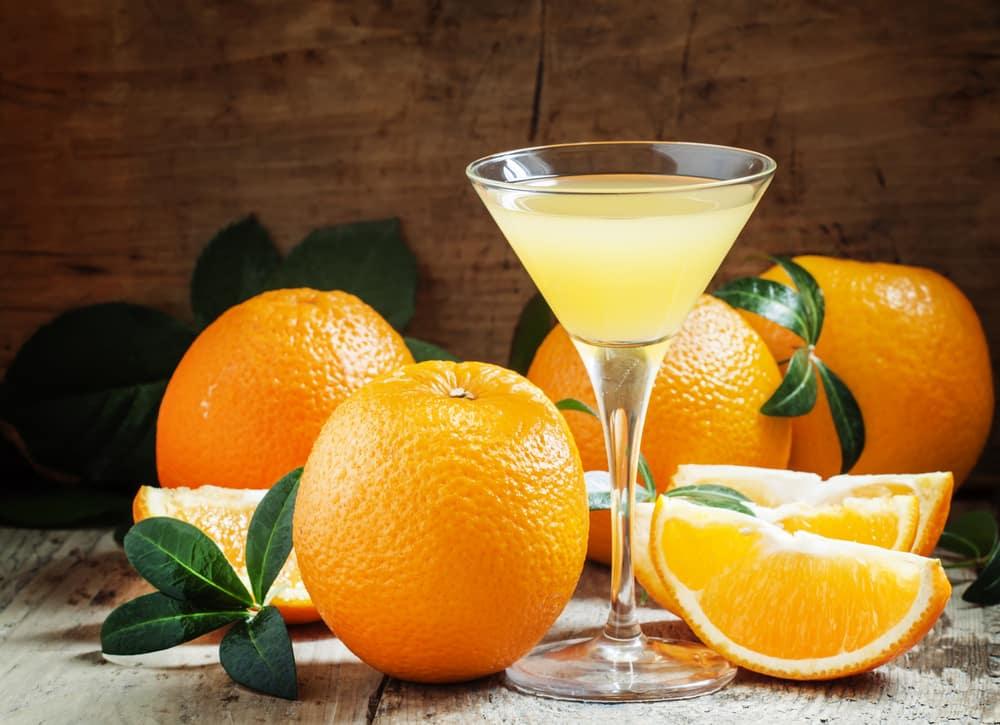 отвертка с апельсиновым соком и водкой