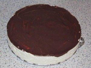 торт вынут из формы