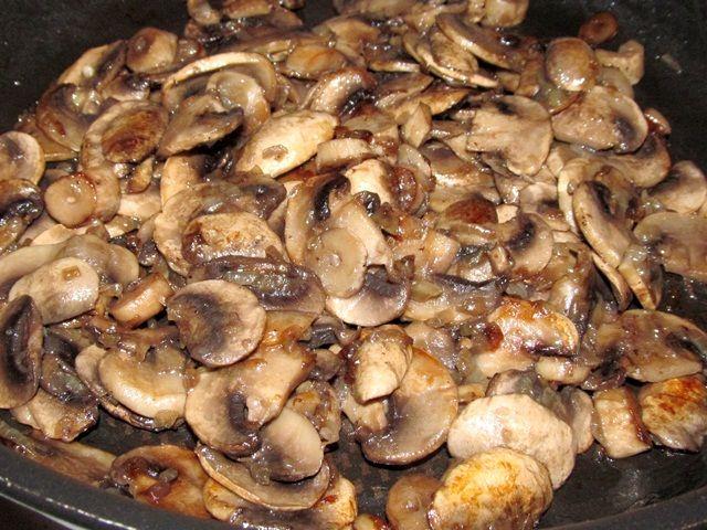 грибы с луком жареные рецепт с фото