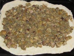 грибы на тесте