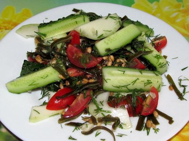 Салат с помидорами черри кабачками и компанией