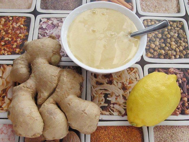 ингредиенты для имбиря с лимоном и медом