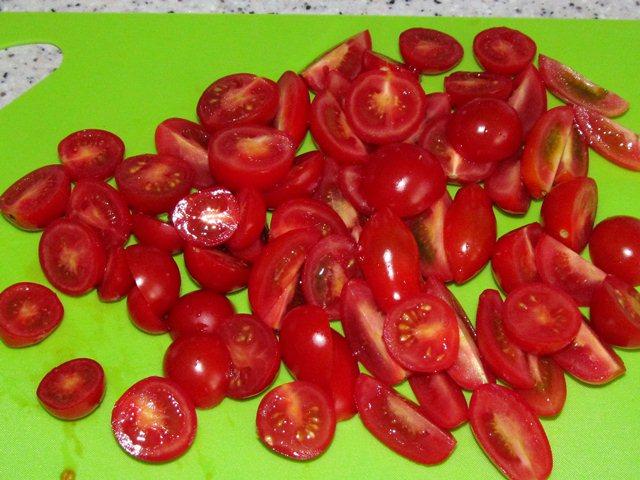 красные помидоры