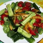 Летний салат с брокколи
