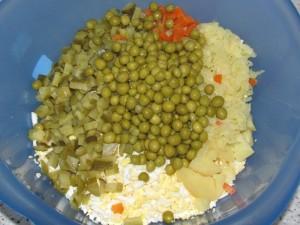 ингредиенты для оливье с креветками
