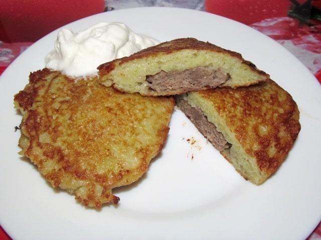 Драники с мясом и картошкой