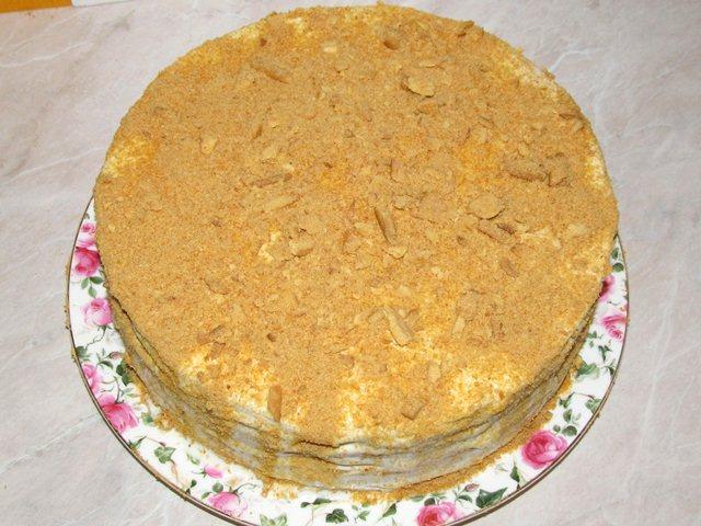 обсыпанный торт Рыжик