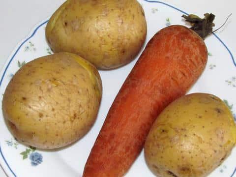 варёные овощи для классического салата мимоза фото 02