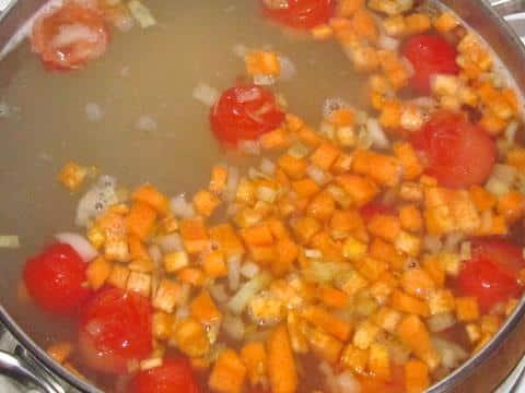 суп почти готов