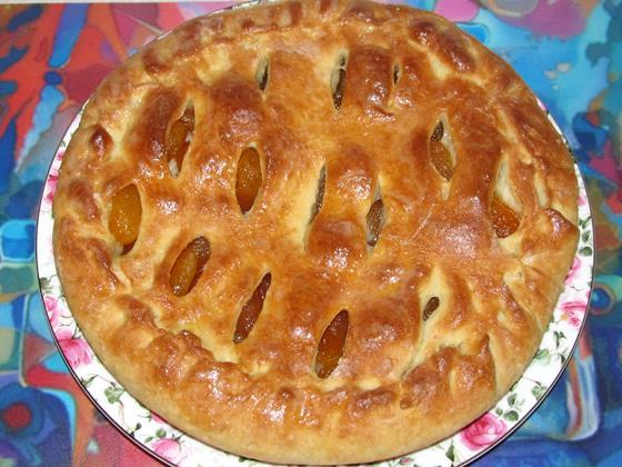 Пирог с курагой