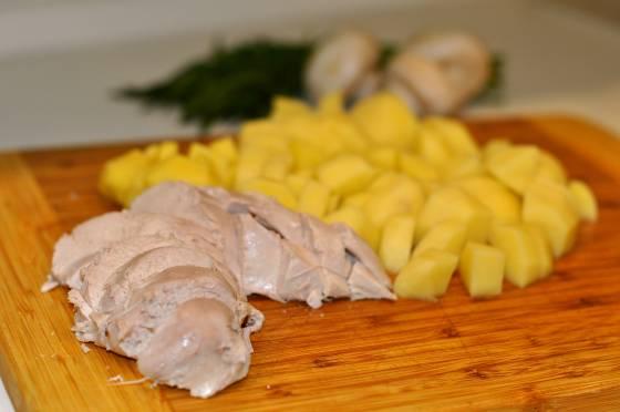 Как варить курицу для супа в мультиварке