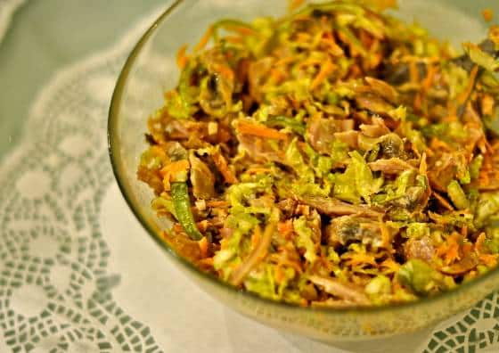 рецепт салата с пекинской капустой и копченой курицей и