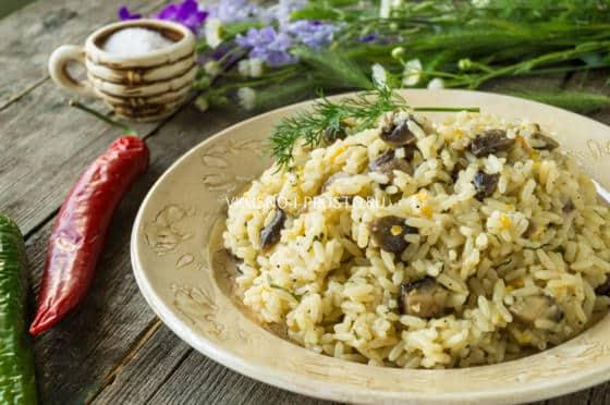 с сухими грибами салат рецепт с