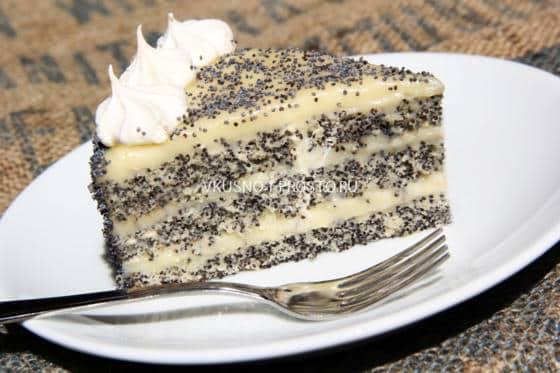 Нежный бисквитный торт с маком и заварным кремом