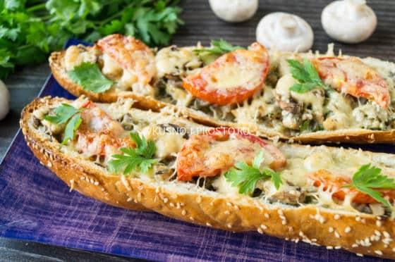 рецепт ленивой пиццы на батоне на сковороде