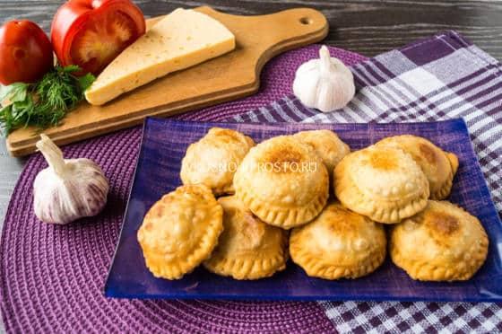 Рецепт пирожков с курицей в духовке рецепт 143