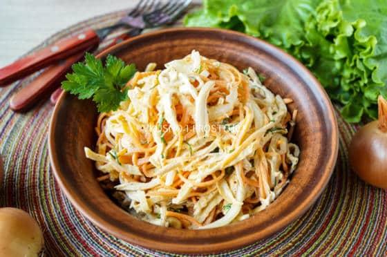 Салат с черносливом морковью по-корейски