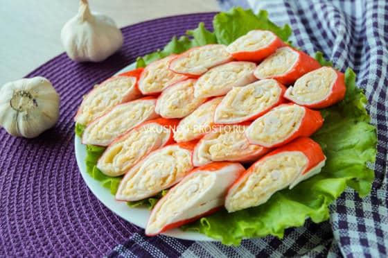 Крабовые палочки с сыром простые рецепты с фото