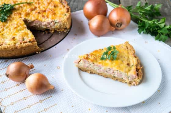 пирог с колбасой