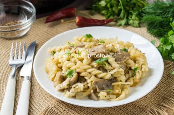 паста с грибами и капустой