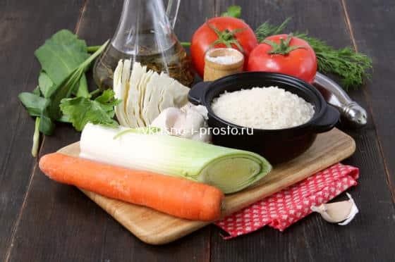 Ингредиенты для риса с овощами на сковороде