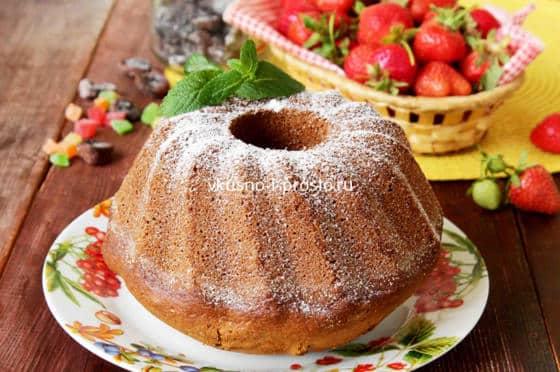 Кекс в сахарной пудре